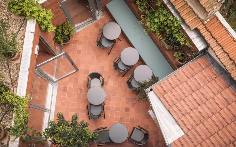 Hotel Ami - Patio
